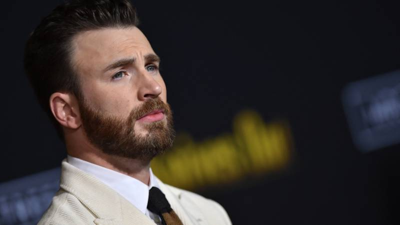 Chris Evans Breaks Silence Over Nude Photo Leak With Clever Quip