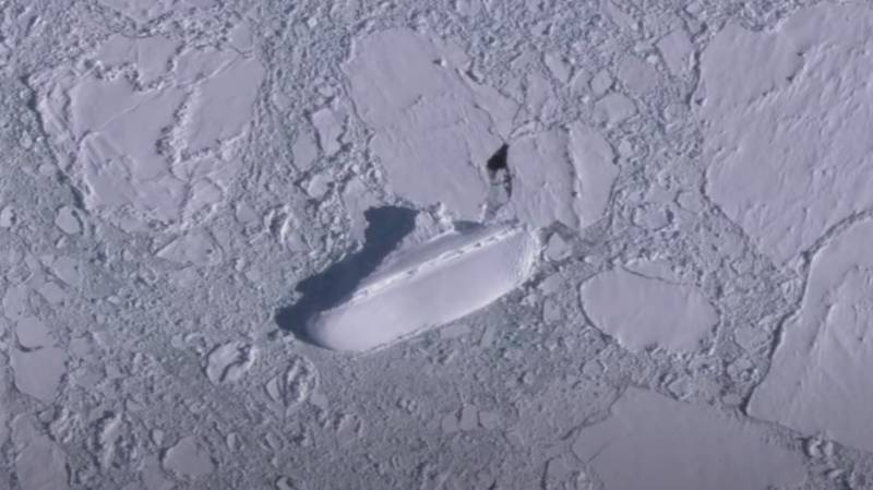 Google Earth Users Discover 400ft 'Ice Ship' In Antarctica