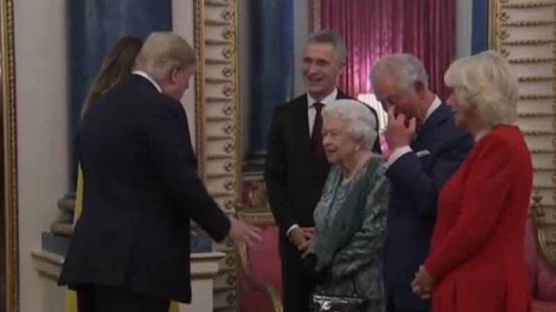 People Think Prince Charles Was Subtly Flipping Off Donald Trump