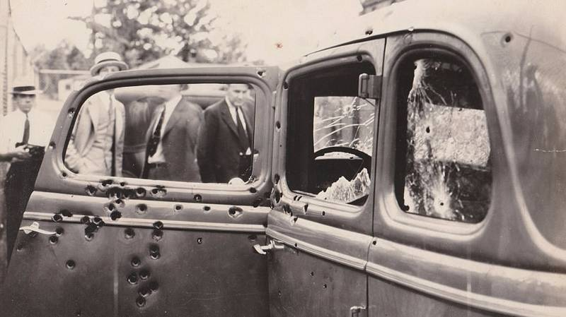 Bonnie And Clyde Photo Reveals Their Final Hours