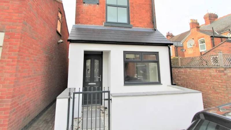 Property Dubbed 'Britain's Narrowest Detached House' Is On Sale For £275,000