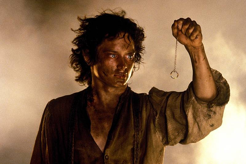 Fan Theory Fixes Plothole That Annoys Every Lord Of The Rings Fan