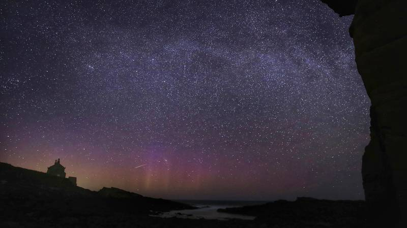 Stunning Meteor Shower Set To Light Up Sky With Hundreds Of Shooting Stars This Month