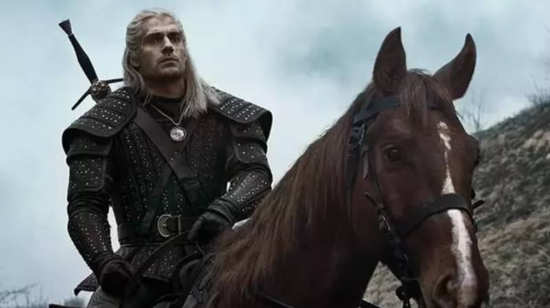 The Witcher Star Henry Cavill 'Wore Down Costume' With His Huge Muscles
