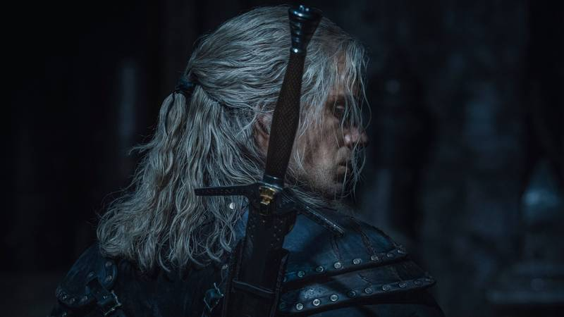 ​Henry Cavill Confirms Leg Injury Filming The Witcher Season Two