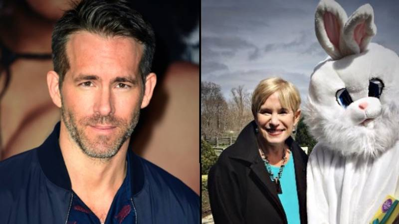 Ryan Reynolds Trolls His Mum On Twitter In Mother's Day Post