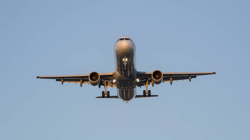 Passengers Wary Of Pilotless Planes In Spite Of Fare Reductions