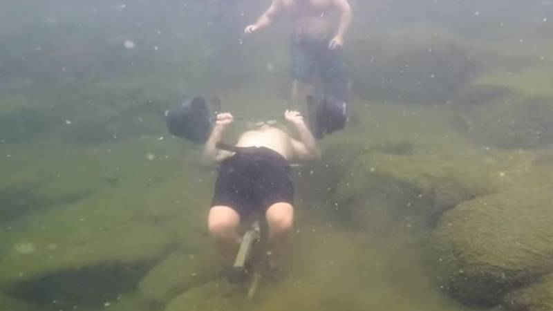 Man Breaks Guinness World Record For Most Bench Presses Underwater