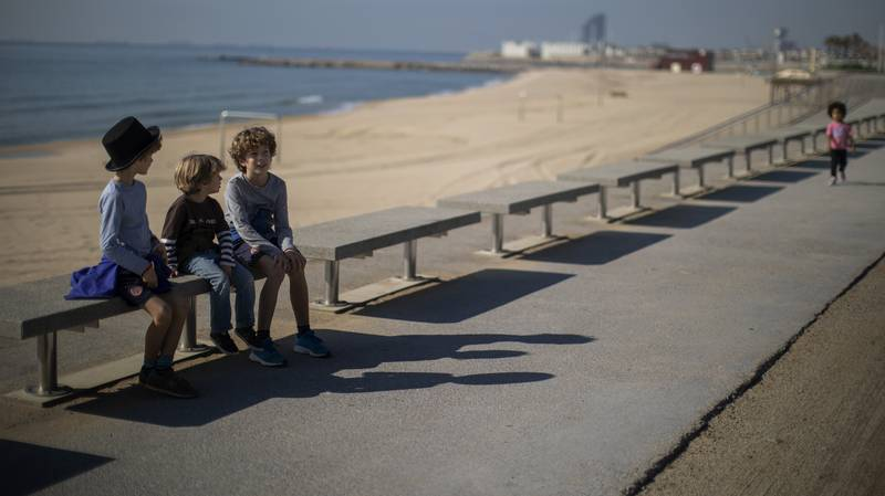 Spanish Kids Allowed To Exercise For The First Time In Six Weeks