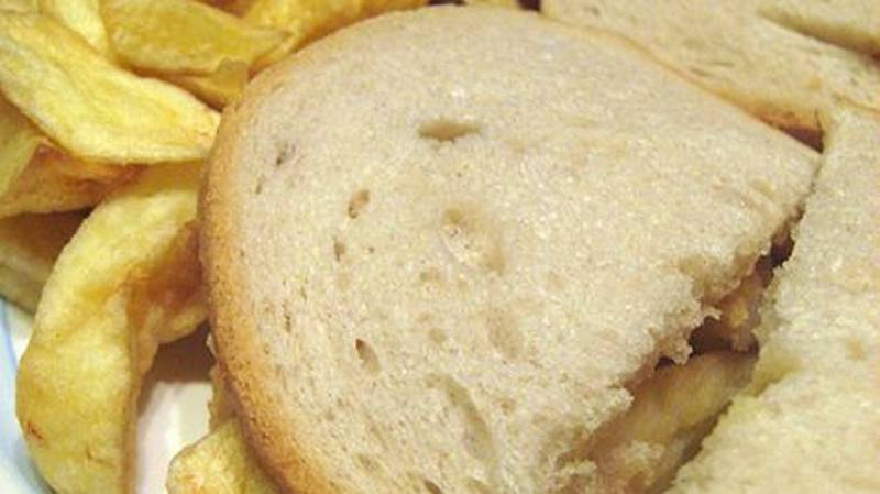 Americans Have Just Discovered Chip Butties And Brits Are Baffled