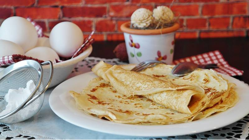 Americans Confused By Brits Celebrating Pancake Day
