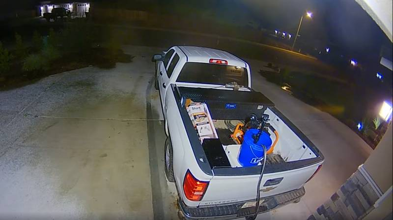 Californian Couple Keep Car Thieves At Bay With Motion Sensitive Sprinkler