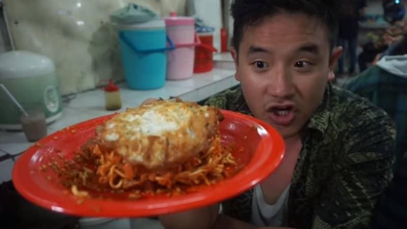 Lad In Pain Goes Deaf After Eating World's Hottest Noodles