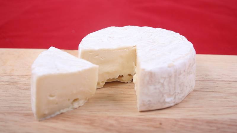 Women Claims She Drops MDMA Wrapped In Brie At Dinner Parties