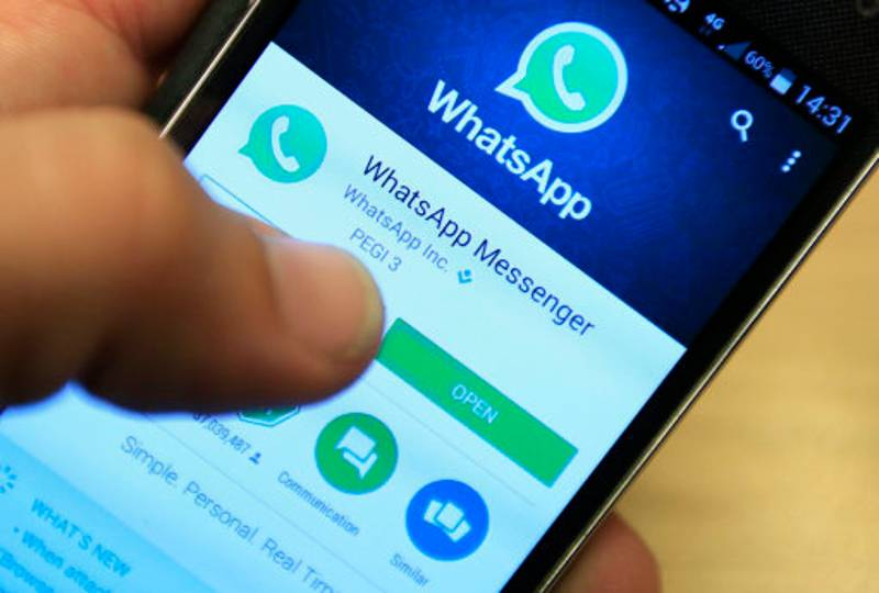 You Can Now Send WhatsApp Messages When You're Offline And The Future Is Here