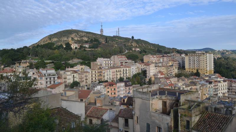 Stunning Town In Sicily Is Selling Off Houses For Just €1