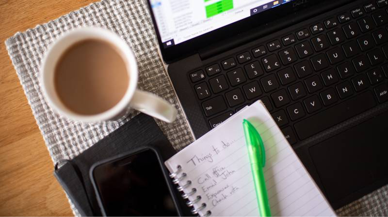 Best Ways To Save Money On Energy Bills While Working From Home