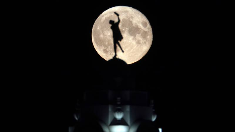 Incredible Images Capture July's Buck Moon