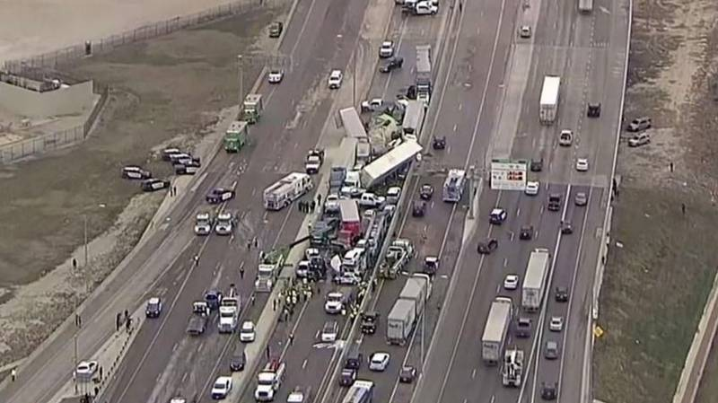 Hundred-Car Pile-Up Stretching For 1.5 Miles Leaves At Least Six People Dead