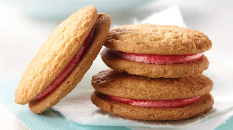 Arnott's Unveils Secret Recipe For Monte Carlo Biscuits So You Can Make Them At Home