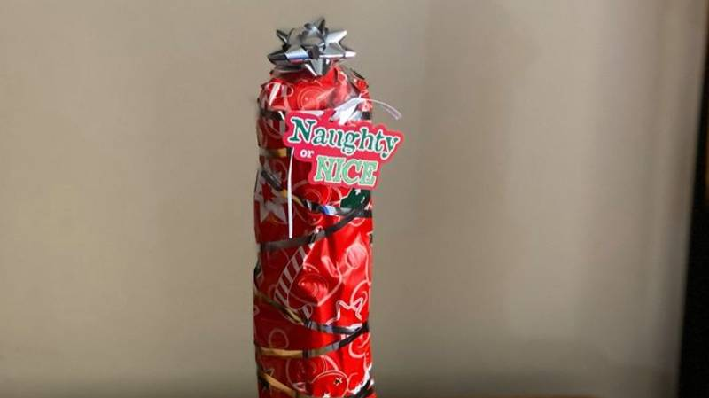 Woman's Cheeky Wrapping Style Makes Present Look Very Rude