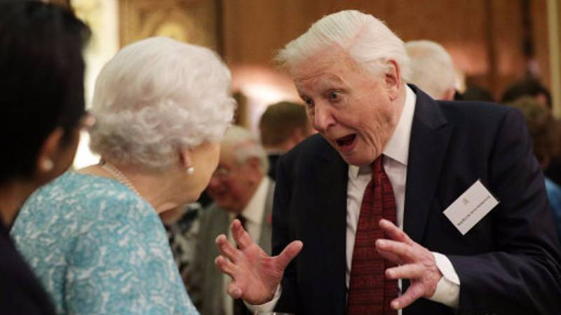 David Attenborough Has Become The Subject Of An Epic Photoshop Battle