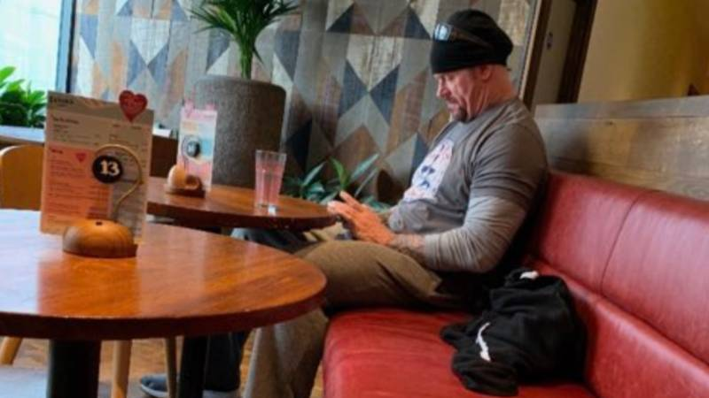 The Undertaker Has Been Spotted Having A Cheeky Nando's In Scotland