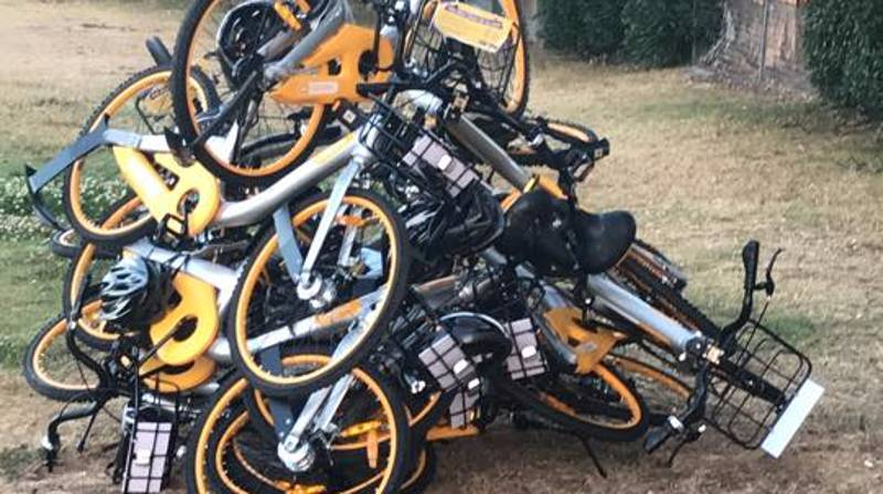 People Seem To Really F***ing Hate Those Rental Bikes In Australia
