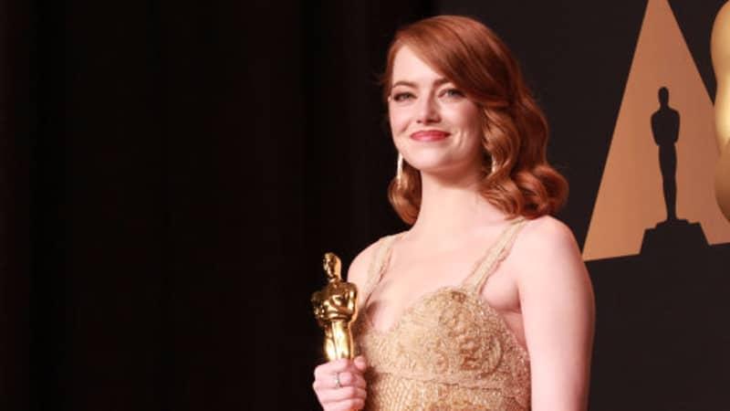 Emma Stone Responds To Teenage Ryan Gosling Look-A-Like's 'Promposal'