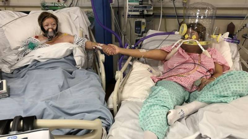 Woman Shares Photo Of Her And Mum Taken In Hospital 24 Hours Before She Died