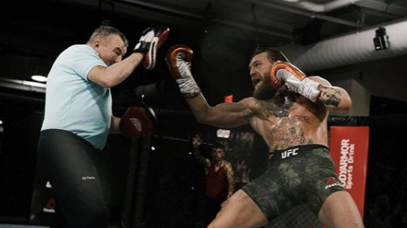 Viral Tweet Shows Conor McGregor's Dramatic Weight Change