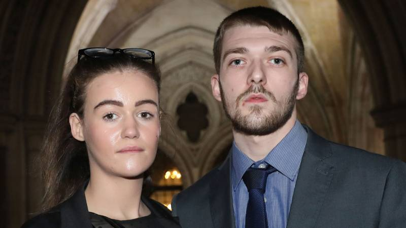 ​Alfie Evans' Mum Shares Poignant Poem In Tribute To Her Son